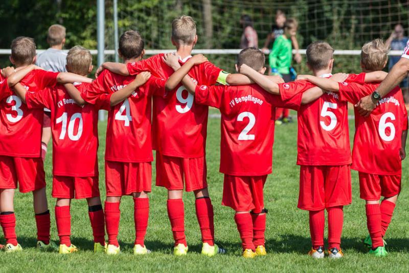 Fu�ballfest am Waldeck - 7. B�ckerhaus Veit Junior-Cup voller Erfolg